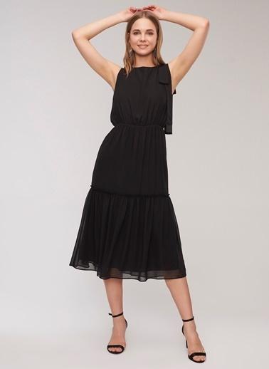 736d920f1013b ... People By Fabrika Kuşak Detaylı Elbise Siyah